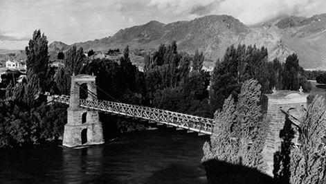 Alexandra-Bridge-1