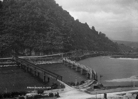 Cobden-Railway-Bridge-1