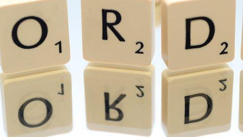 Constructing sentences - punctuation