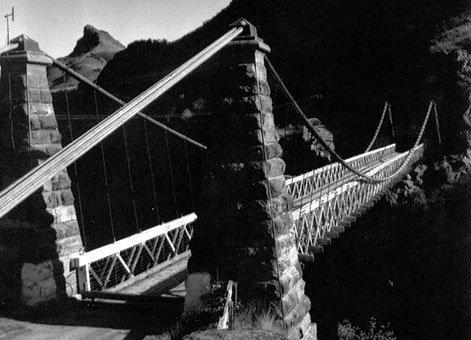 Kawarau-Gorge-Bridge-2