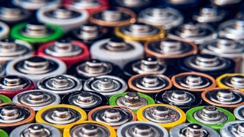 eeg batteries